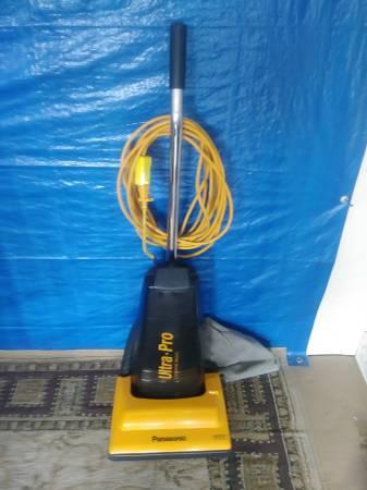 Photo Panasonic Lightweight Commercial Vacuum Cleaner - $50 (Lexington)