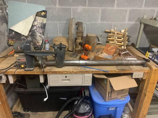 Photo Sears Craftsman Turning Lathe - $200 (Waneta)