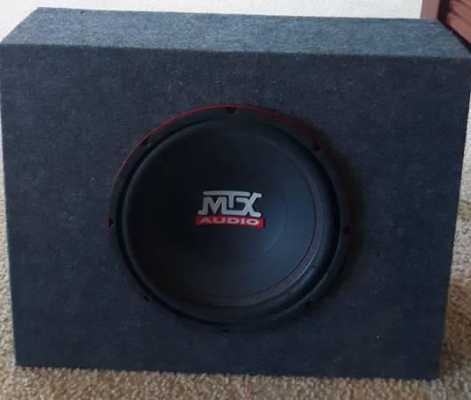 Photo Subwoofer Box, MTX subwoofer - $60 (Frankfort)