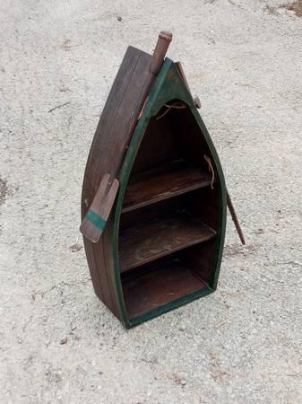 Photo Three Shelf Wooden Rowboat With Paddle And Fishing Pole - $20 (Nicholasville)