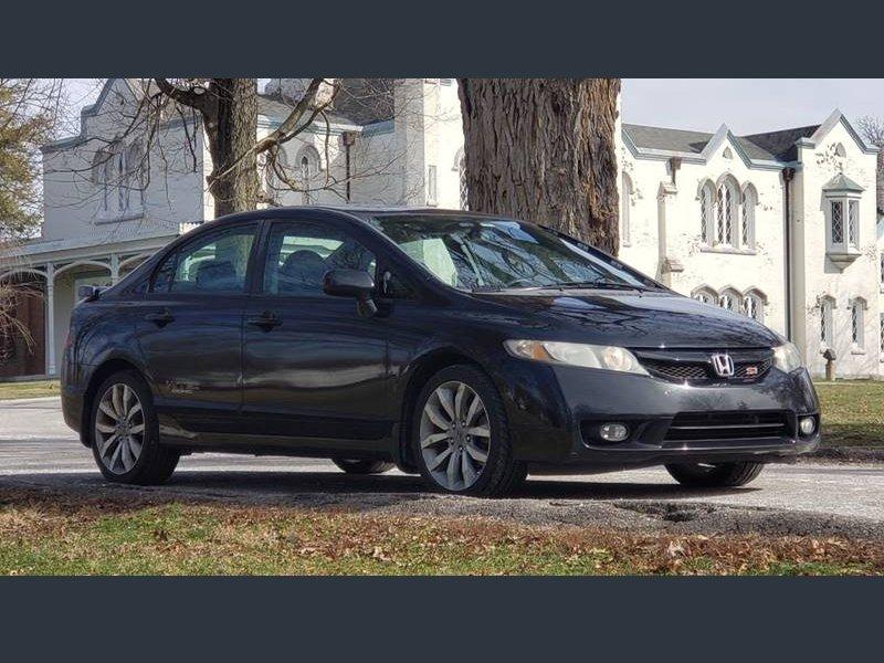 Photo Used 2010 Honda Civic Si Sedan for sale