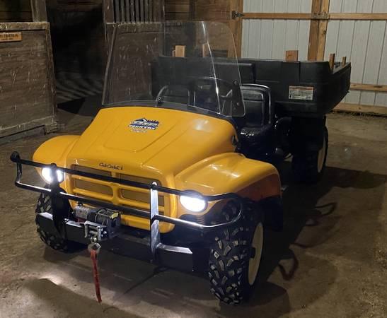 Photo Utility Vehicle Mule Side by Side Kawasaki Cub Cadet Big County - $6,000