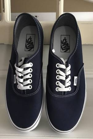 Photo Vans Navy Canvas Sneakers Men 8.5 Women 10 - $22 (Lexington (Chilesburg))