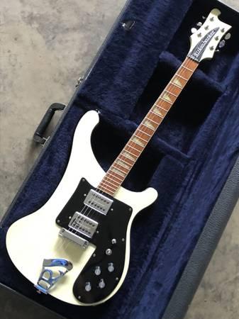 Photo Vintage 1976 Rickenbacker 481 slant fret guitar  OHSC-obo - $2,500 (Paris)