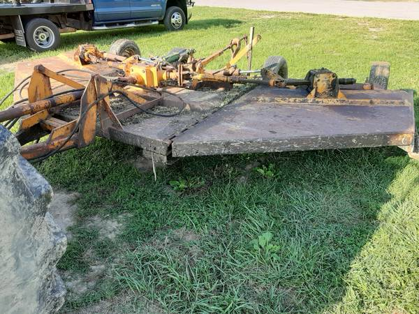 Photo WOODS 315 BATWING MOWER - $3,800 (London ky)
