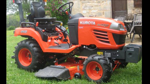Photo WTB a Kubota BX series tractor with a mower deck - $123,456 (West Point , KY)