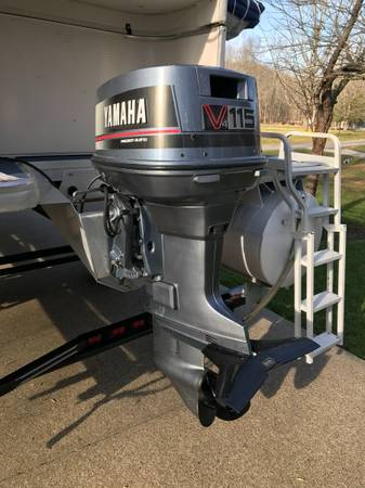 Photo Yamaha 115 H.P. Two Stroke with new Power Head - $6,000 (Perry Park)