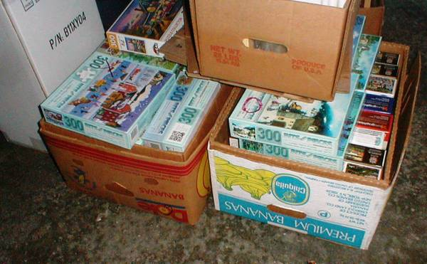Photo 100 Jigsaw Puzzles COMPLETE in the box 300-pc - $8 (Findlay)