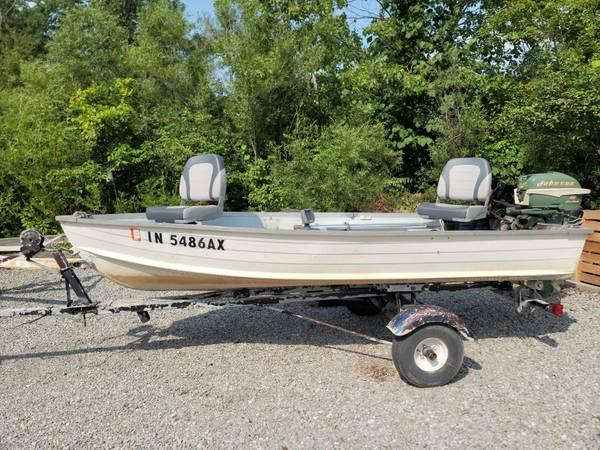 Photo 12 ft. Starcraft Fishing Boat, 10 HP Motor, Trolling Motor  Trailer - $1,200 (Tri Lakes)
