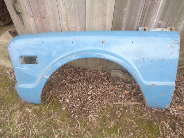 Photo 1969 1970 1971 1972 Chevy GMC Truck Left Front Fender - $250 (Upper Sandusky)