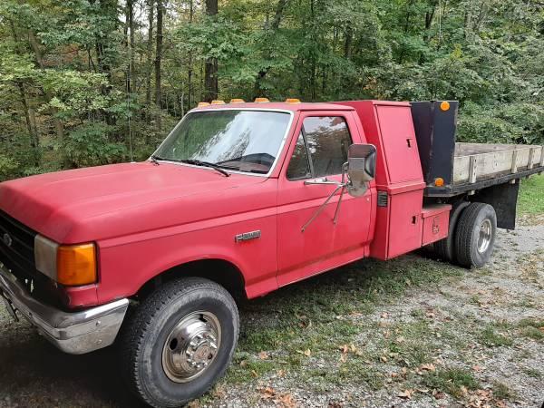 Photo 1989 Ford F Super Duty Flat Bed Dump Truck - $2800