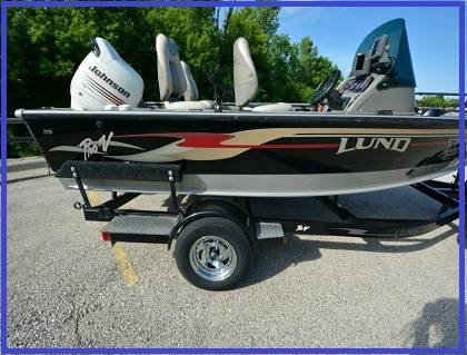 Photo (2003 )_lund 1775 proV boat trailer included___Never been in the mud. - $1,450 (lima-findlay)