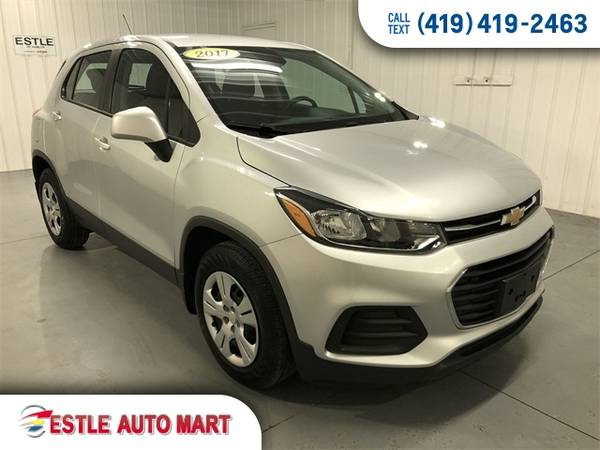 Photo 2017 Chevrolet Trax SUV Chevy 4d SUV FWD LS Trax - $11977 (2017 Chevrolet Trax 4d SUV FWD LS)