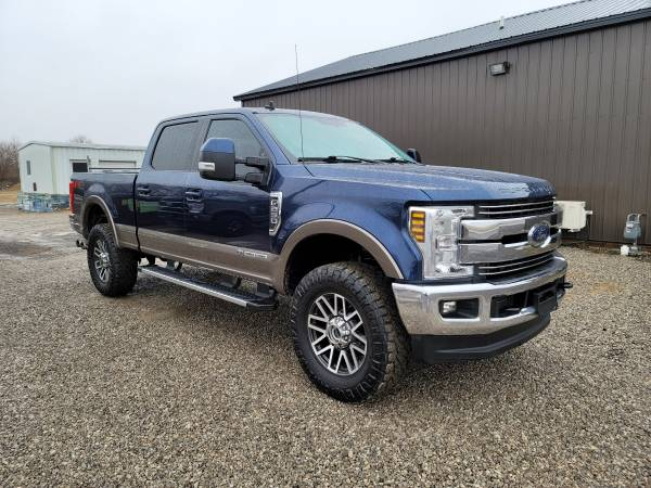 Photo 2019 FORD F250 LARIAT 4X4 CCSB 6.7 POWERSTROKE DIESEL LIFTED SOUTHERN - $49,900 (BLISSFIELD MI)