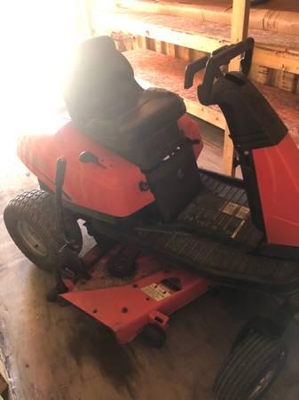 Photo 38quot Simplicity Zero turn mower - $600 (Bluffton, Ohio)