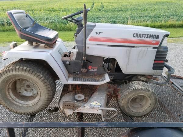 Photo Craftsman 18 hp. Lawn Tractor - $75 (Mendon)