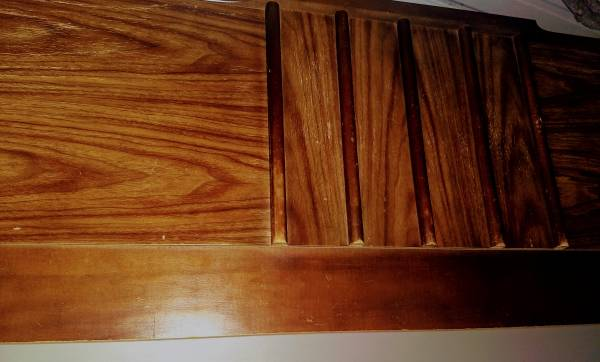 Full size bed with Sealy Posturepedic mattress and box springs - $50 (Oakwood)