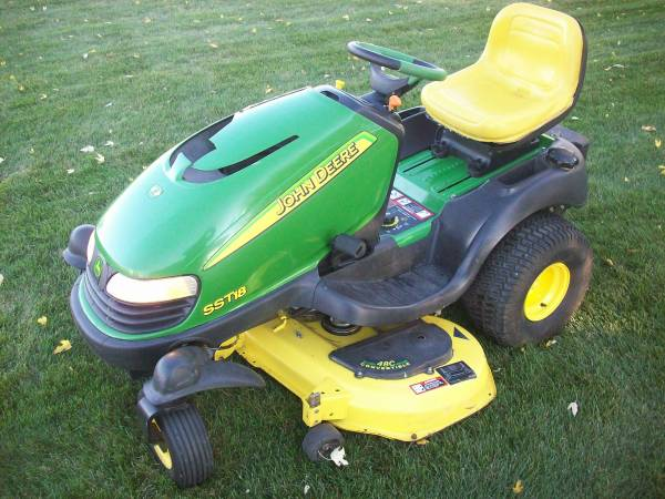 Photo John Deere SST18 - $950 (MINSTER)