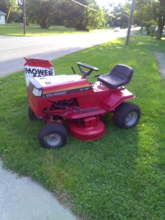 Photo Murray Riding mower (Kenton)