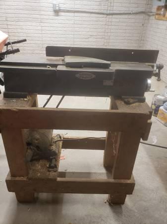 Photo Old craftsman 6 in planer - $75 (findlay)
