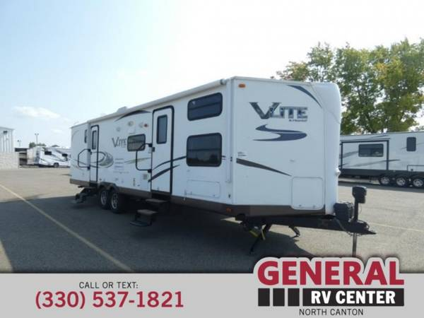 Photo Travel Trailer 2015 Forest River RV Flagstaff V-Lite 30WTBS - $17,996