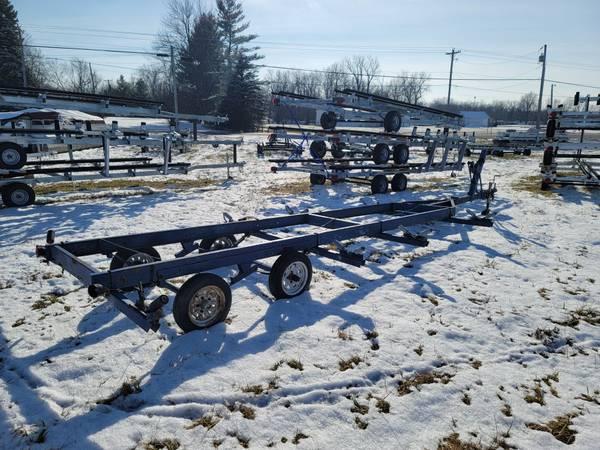 Photo Used 20 pontoon boat trailer - $1,395 (Indian Lake Ohio)