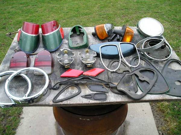 Photo VW BEETLE PARTS  196039s and 197039s Parts For Sale (Findlay)