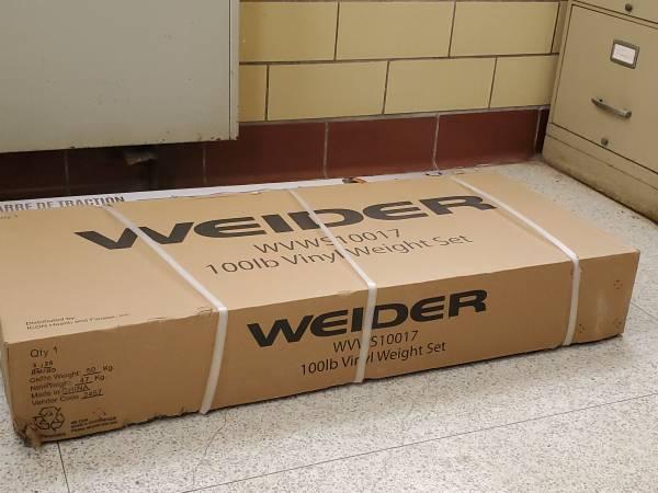 Photo Weider 100 lb Weight Set - $175 (Kenton)