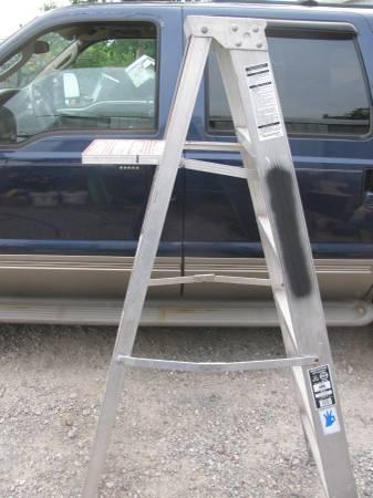 Photo Werner 639 Aluminum Step Ladder (Van Buren)