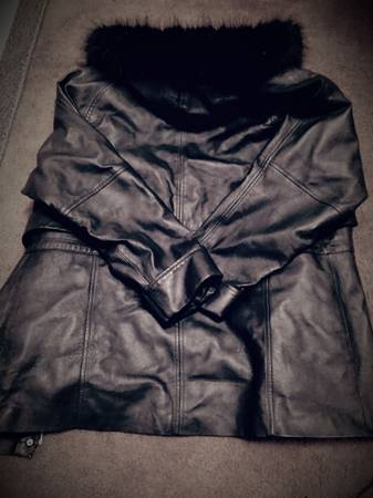 Photo Women39s Croft  Barrow Leather Coat - $50 (Dayton)