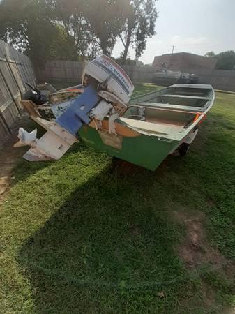 Photo 16 foot flat bottom aluminum jon boat - $2,200 (Fairmont Nebraska)