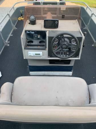 Photo 1988 bass buggy pontoon - $6,000 (Lincoln)