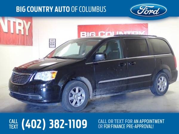 Photo 2012 Chrysler Town  Country 4dr Wgn Touring - $5,999 (_Chrysler_ _Town  Country_ _Van_)