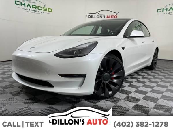 Photo 2021 Tesla Model 3 - $60,900 (_Tesla_ _Model 3_ _Sedan_)