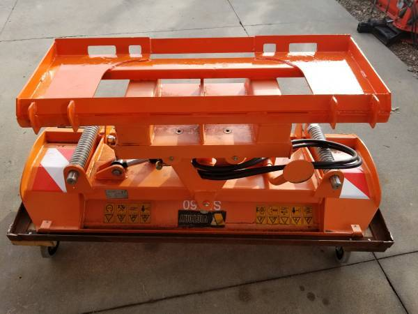 Photo 64quot snow plow blade for skid loader with hydraulic angle - $1,350 (Lincoln)