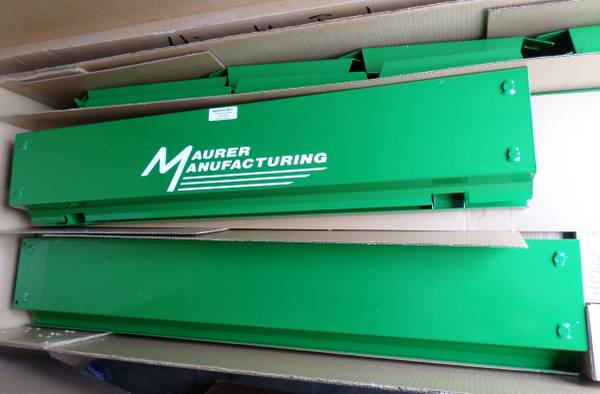 Photo 9E000037 Maurer Grain Bin Extension John Deere Combine S680 S690 - $950 (Nebraska City)