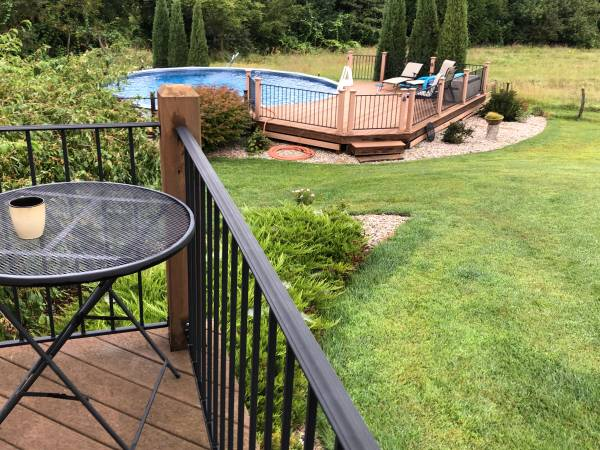 Photo Above-ground Swimming Pool - $1,200 (Firth)