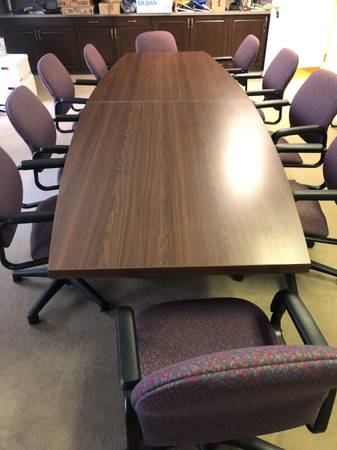 Photo Board Room Table  Chairs - $500 (Lincoln (downtown))