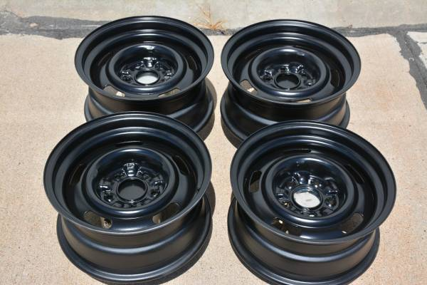 Photo Chevy 15 X 7 Rally Wheels - $200 (Lincoln)