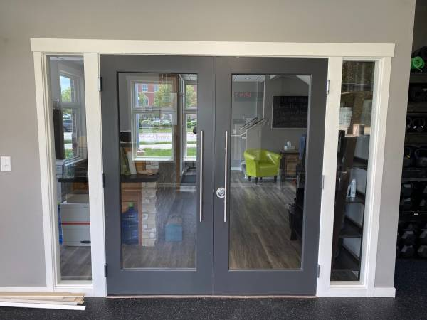 Photo Glass doors (reduced price) - $1,550 (Lincoln)