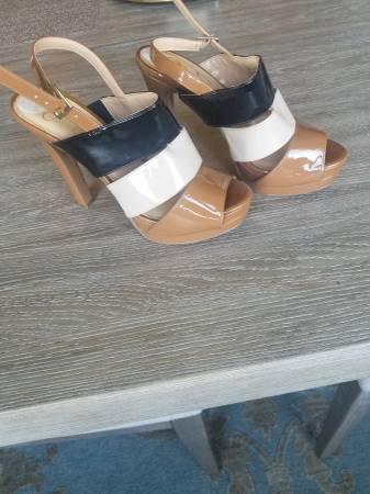 Photo Jessica Simpson heels 7.5 - $7