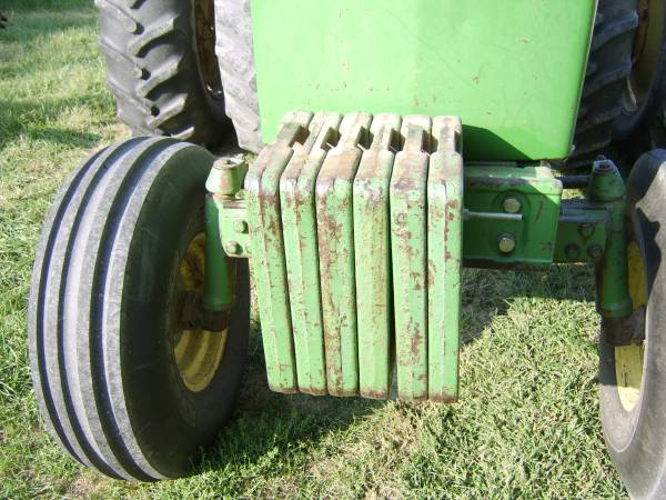 Photo John Deere Front Suitcase Weights - $100 (Waverly)