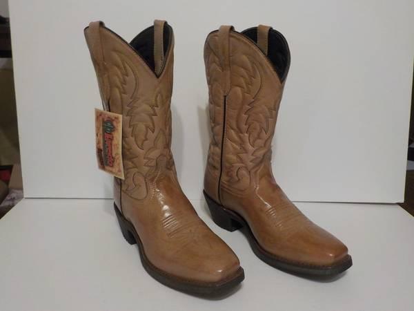 Photo Men39s Cowboy boots (Laredo, tan, western, shoes) - $90 (Lincoln, NE)