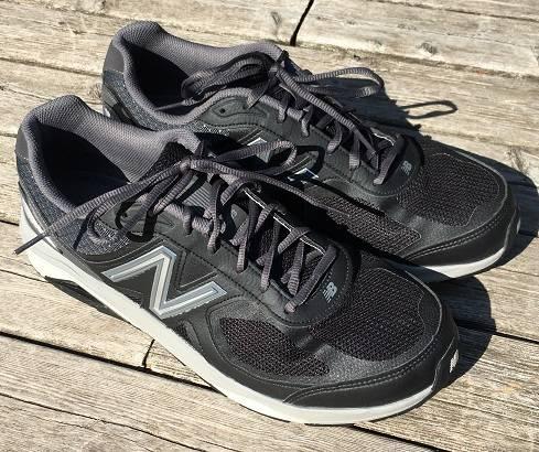 Photo Mens New Balance 1540 V3 Running Shoes - $120 (Lincoln, NE)