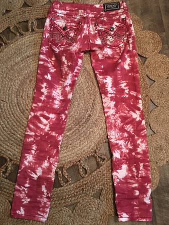 Photo Miss Me size 27 jeans - $15 (Lincoln)