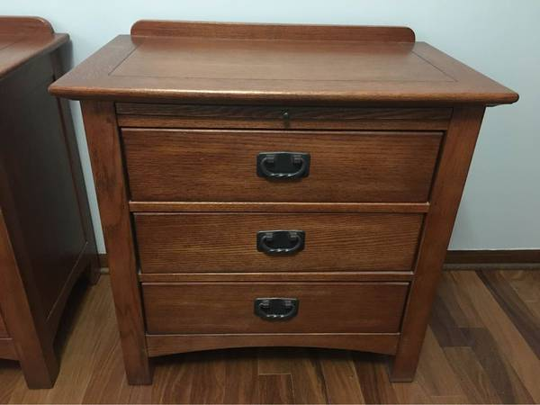 Photo Mission Style Nightstands - $500 (Lincon)