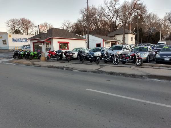 Photo Motorcycles Several To Choose From (Omaha NE)