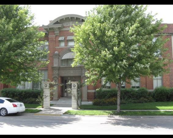 Photo One Bedroom Condo close to Downtown - Free cable and parking (Lincoln)