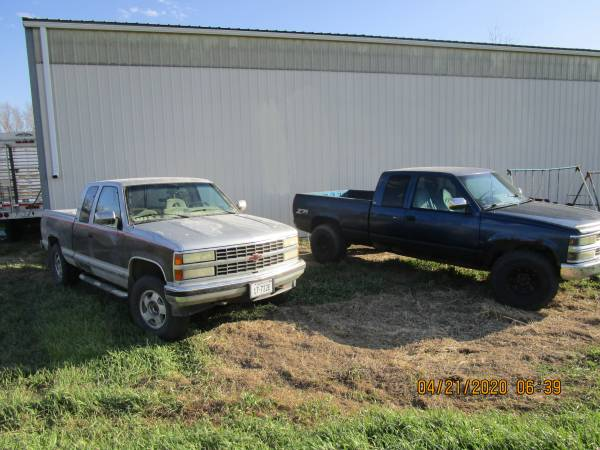 Photo PAIR OR SEPERATE CHEVY PICK UPS 92 AND 94 4X4 - $4000 (YORK, NE)