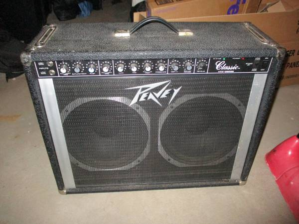 Photo Peavey Classic VTX Series tube  - $250